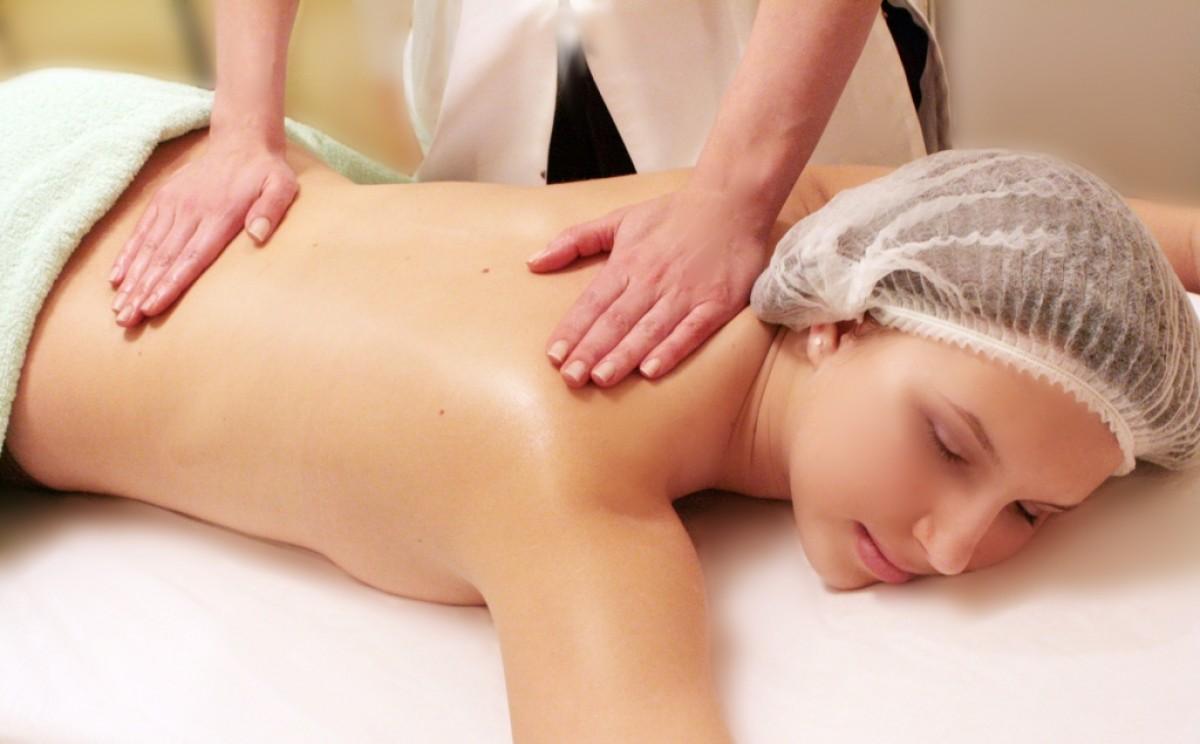Русская девушка выполняет лингман массаж 24 фотография